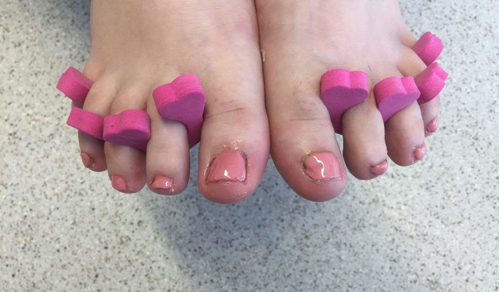 Cosmetic Nail Reconstruction